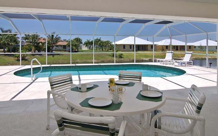 Lanai looking over the pool - Rotonda West 9 - Rotonda West - rentals