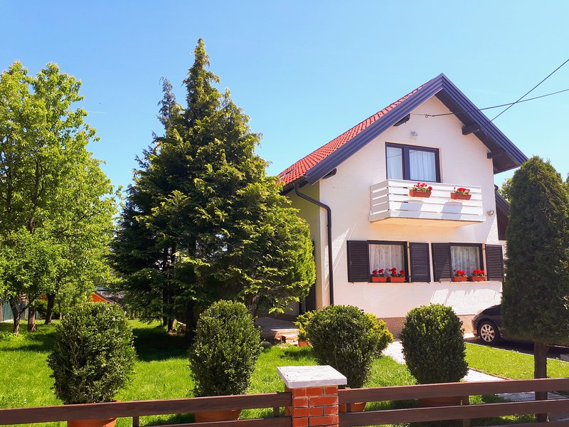 Villa with secured off street parking - Villa Zizzy Plitvice lakes - Grabovac - rentals