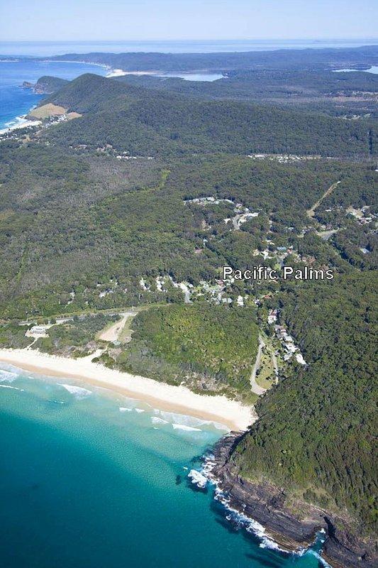 PACIFIC PALMS   -   1/16 Pacific Parade Elizabeth Beach - Image 1 - Elizabeth Beach - rentals