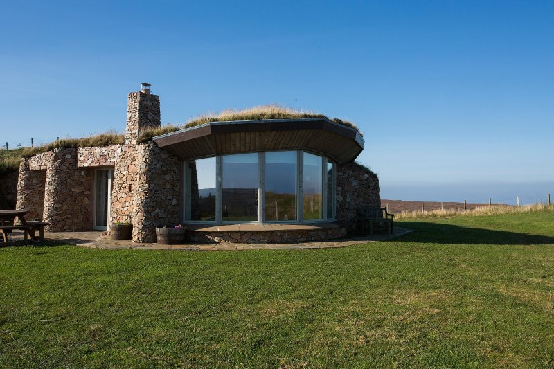 Fabulous stone clad lodges with turf roofs on Islay. 5 star eco luxury accommodation for 2-4 guest - Coillabus Luxury Lodges, Islay,Scotland - Islay - rentals