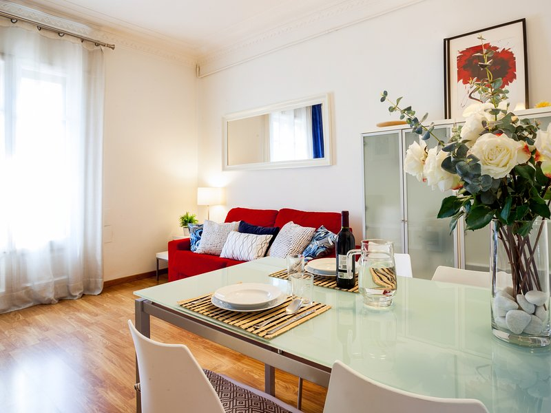 Typical Eixample one bedroom apartment - Image 1 - Barcelona - rentals
