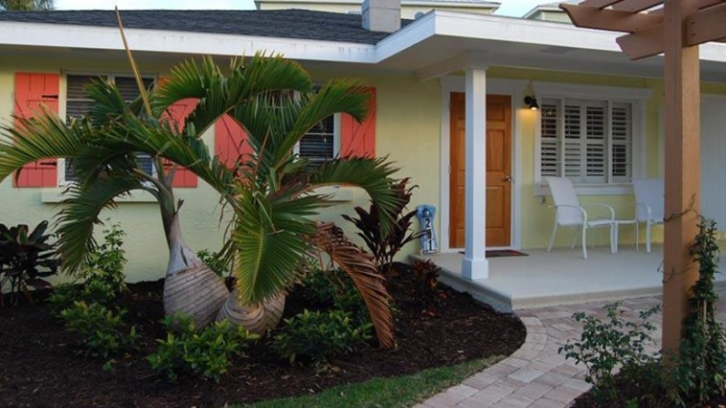 Welcome to Happy Heron! - Happy Heron: 1BR Perfect Getaway, Block from Beach - Holmes Beach - rentals