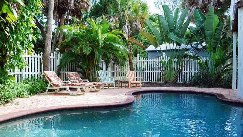 Heated Pool - Tequila Sunset: 2BR Pet-Friendly with Heated Pool - Anna Maria - rentals