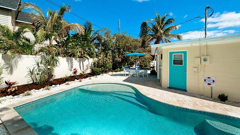 Heated Pool - Beach n It - Holmes Beach - rentals