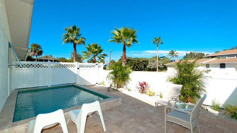 Private Pool - Anna Cabana B - Anna Maria - rentals