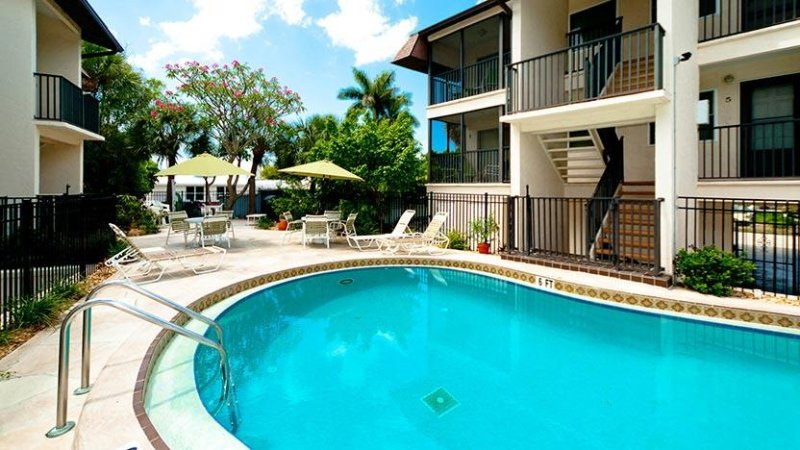 Nice Large Pool! - Island Bay: 1BR Perfect Getaway forTwo! - Bradenton Beach - rentals