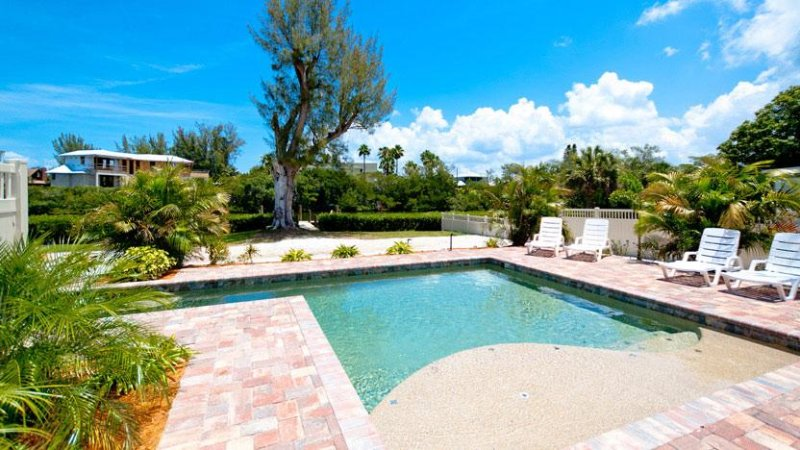 Brand New Heated Pool! - Sea Oats: 2BR Elderly-Friendly Pool Home on Canal - Anna Maria - rentals