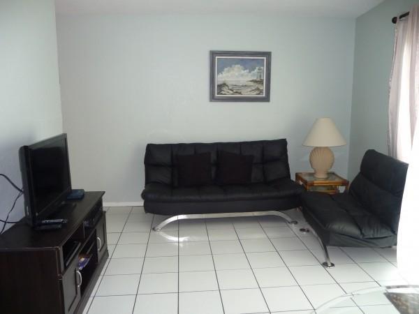 INTERNACIONAL #102: 1 BED 1 BATH - Image 1 - South Padre Island - rentals