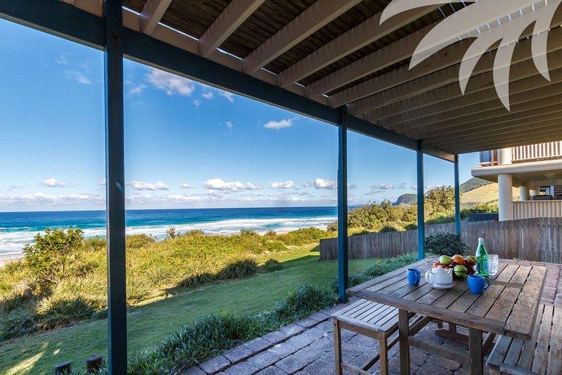 Malibu - Image 1 - Blueys Beach - rentals