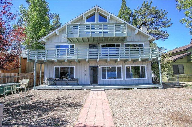Ivy Bear Lakefront - Image 1 - City of Big Bear Lake - rentals