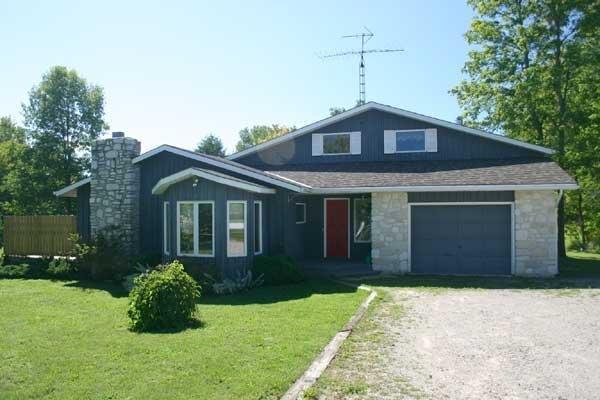 Miller Lake cottage (#337) - Image 1 - Lions Head - rentals