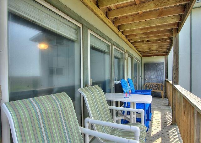 2 bedroom, 2 bath condo with a great view! - Image 1 - Port Aransas - rentals