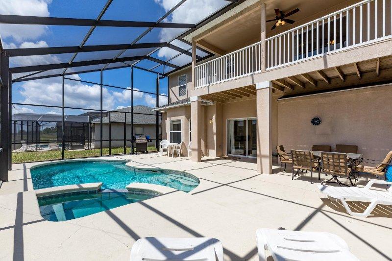 Luxury,Pool&Sap, Hi-Speed Internet, 3K Sqft #453 - Image 1 - Davenport - rentals