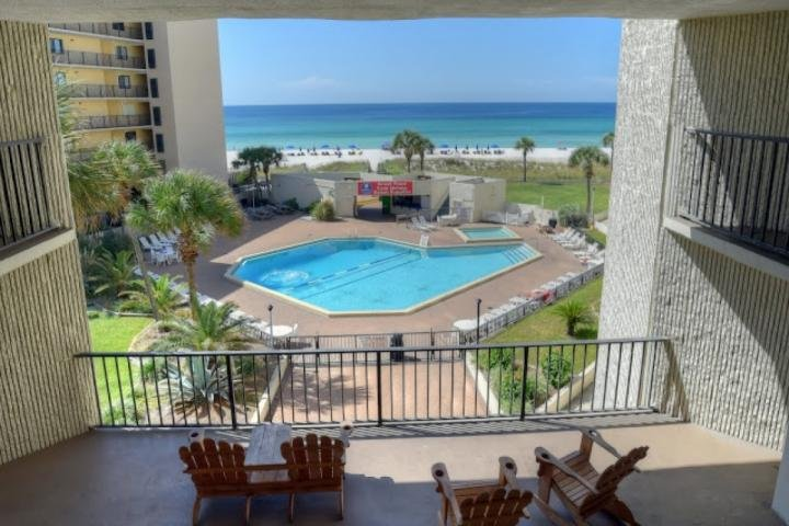 Breezeway from the 6th floor. - 414 Top of the Gulf - Panama City Beach - rentals