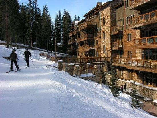 True ski in ski out at River Run Village directly to Gondola and high speed quad lift. - Keystone Colorado | 3057 The Timbers | Ski in Ski out | 5-star luxury - Keystone - rentals