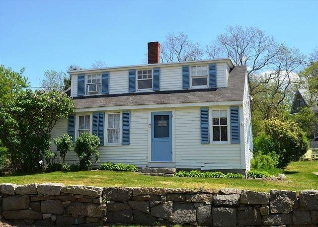 Front exterior. - Cove View: Sweet cottage across from beautiful Folly Cove - Rockport - rentals