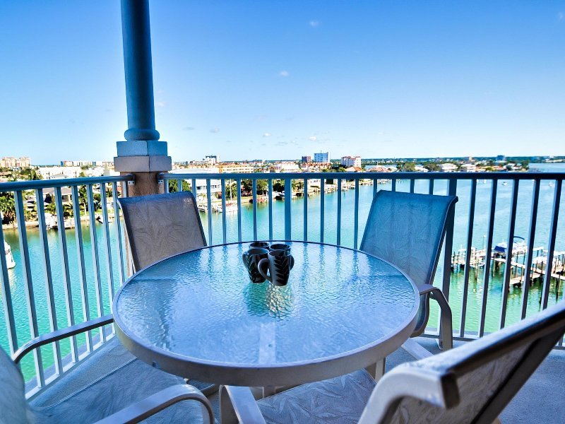 A large balcony overlooking the water - Harborview Grande 600 Waterfront   3 bedroom 2 bath   Just over 1800 Square - Clearwater Beach - rentals