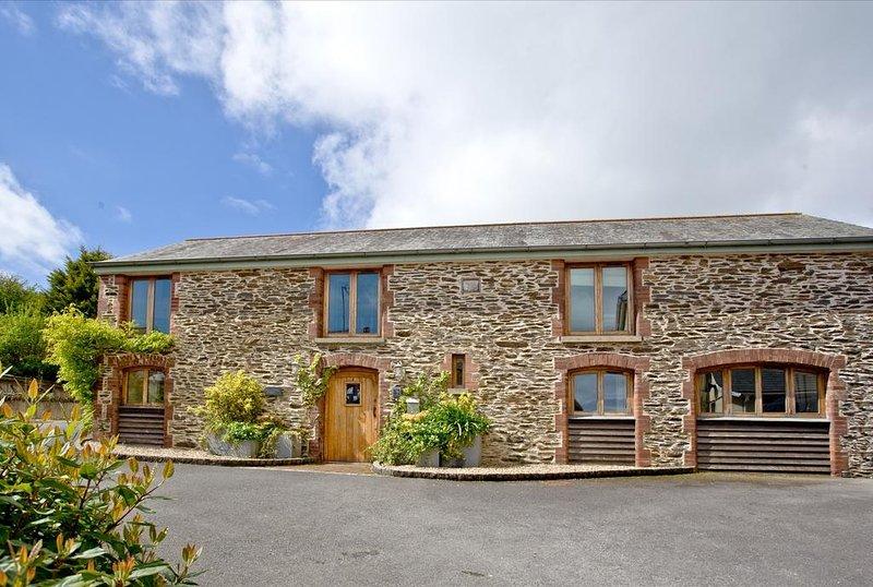 Wells Park Barn located in Stoke Fleming, Devon - Image 1 - Dartmouth - rentals