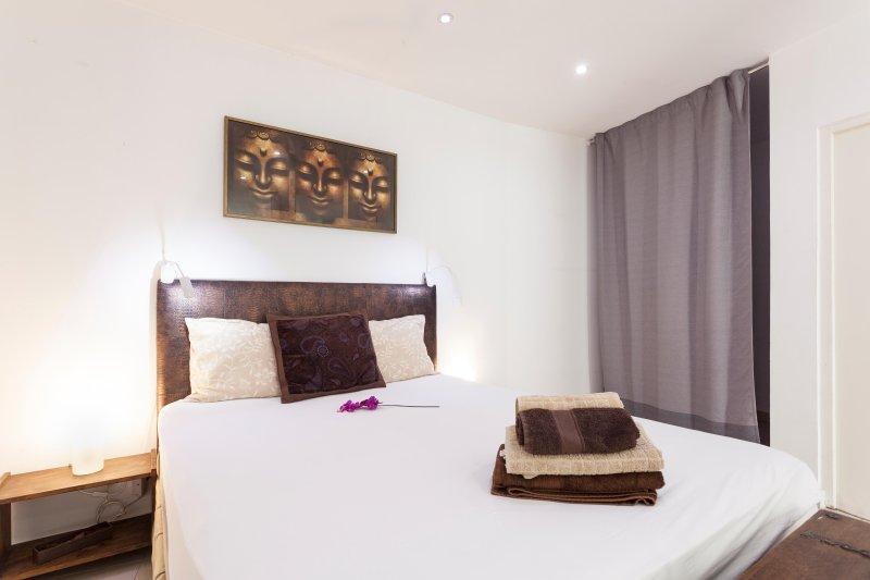 ALFAMA IV,historic Lisbon studio & 5 star location - Image 1 - Lisbon - rentals