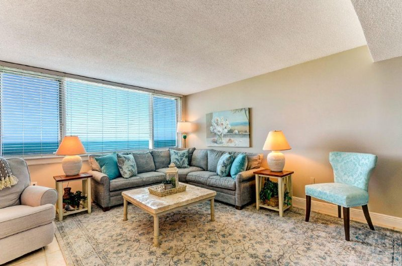 Living Area with an Oceanview - Amelia Island Plantation Beachwalker 1153 - Amelia Island - rentals