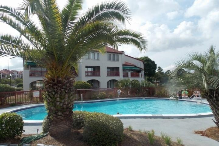 Community Pool! - Studio with Kitchenette Across the Street from the Beach with Boat Dock Slip - Panama City - rentals