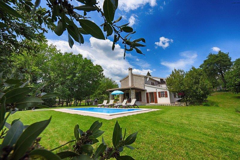 Casa Garibaldi - vacation in the heart of nature - Image 1 - Buzet - rentals