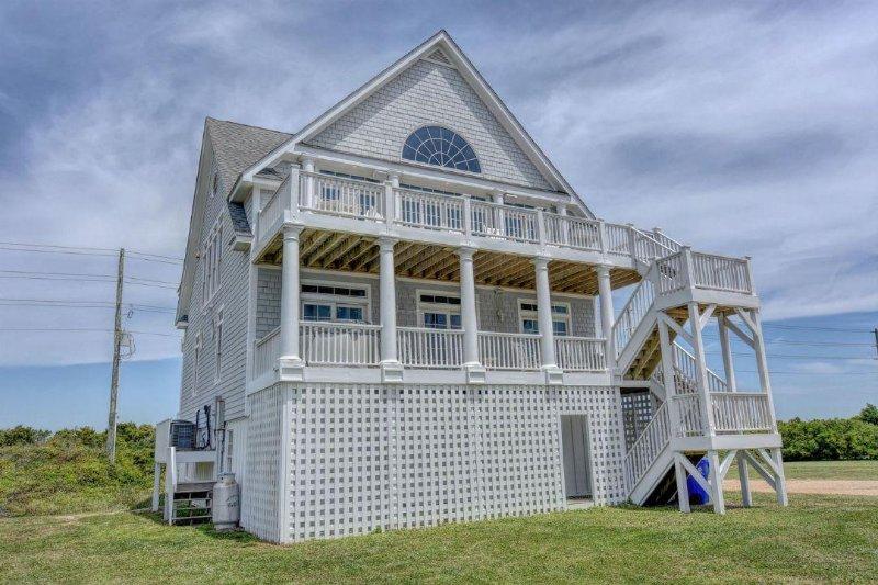 4294 Island Dr - Island Drive 4294 Oceanfront-B Lot! | Internet, Community Pool, Hot Tub - North Topsail Beach - rentals