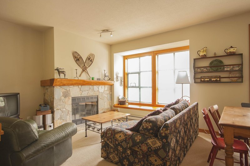 'The Woods' - 2 bedroom w/ hot tub access - steps from Lost Lake! - Image 1 - Whistler - rentals