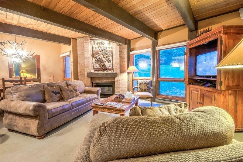 Luxury Ski Condo Next To Steamboat Gondola - Image 1 - Steamboat Springs - rentals