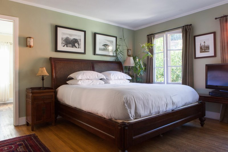 onefinestay - Camrose Drive private home - Image 1 - Los Angeles - rentals