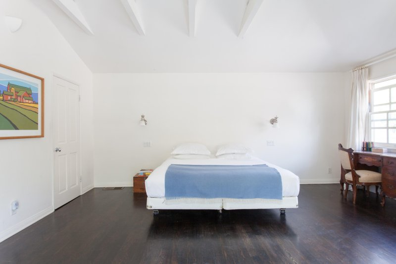 onefinestay - Bundy Drive private home - Image 1 - Westwood  Los Angeles County - rentals