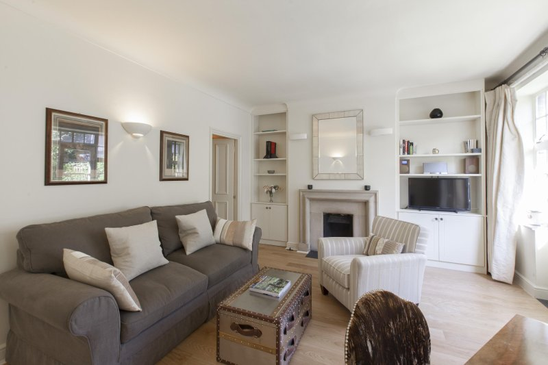 onefinestay - Windsor Court private home - Image 1 - London - rentals