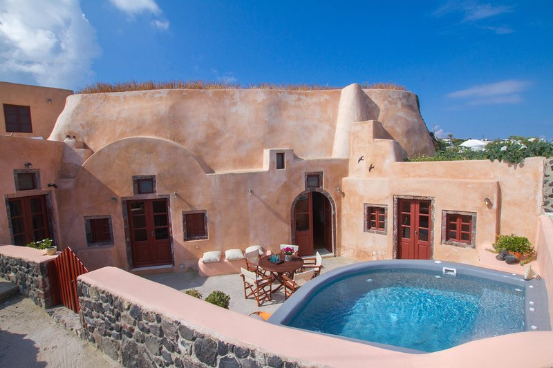 Villa Amalia sleeps 9 by Thireon - Image 1 - Oia - rentals