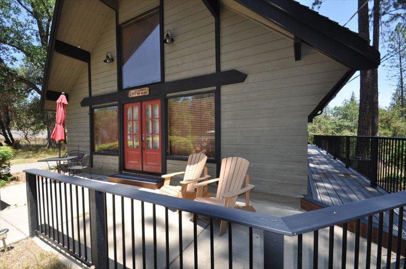 2-157 Cabina DeAlba. Sweet Rustic but Modern Mountain Cabin 25-mile > Yosemite, Hwy 120 corridor. - Cabin Sweet Cabin Cozy Adorable PoolTable GameRoom Internet Near Yosemite - Groveland - rentals