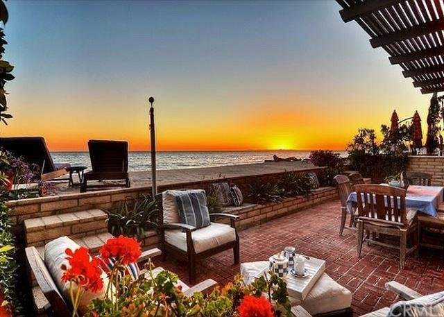 """""""The Charming Custom Beach Home"""" with Hot Tub - Image 1 - Dana Point - rentals"""