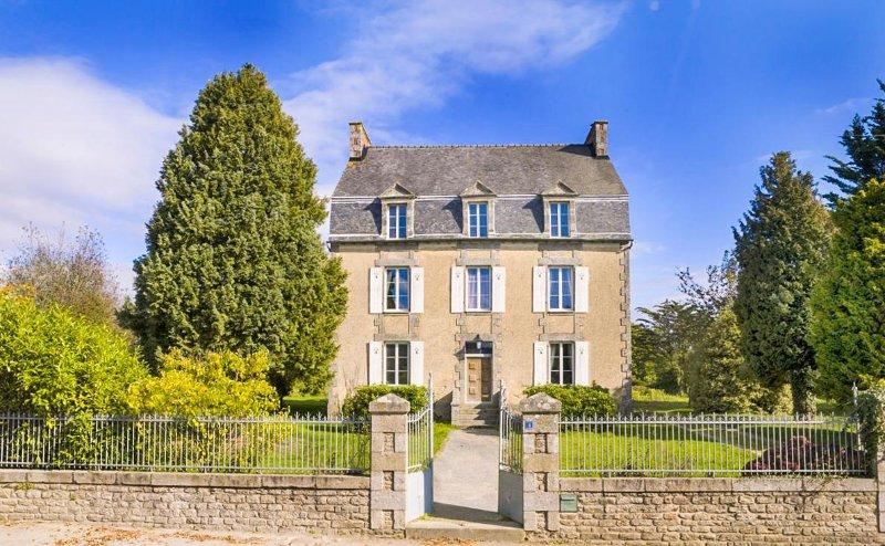 Maison Meneac - Image 1 - Meneac - rentals
