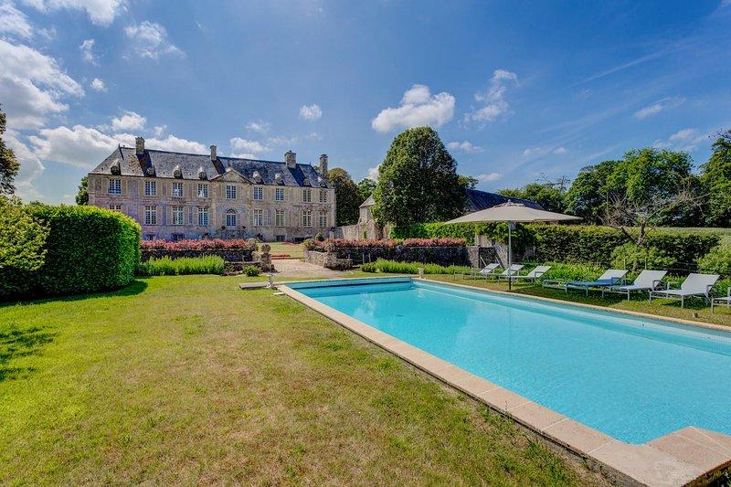 Chateau De Cource - Image 1 - Fontenay-sur-Mer - rentals