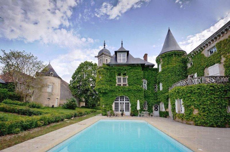 The Secret Hamlet Estate - Image 1 - Ingrandes - rentals