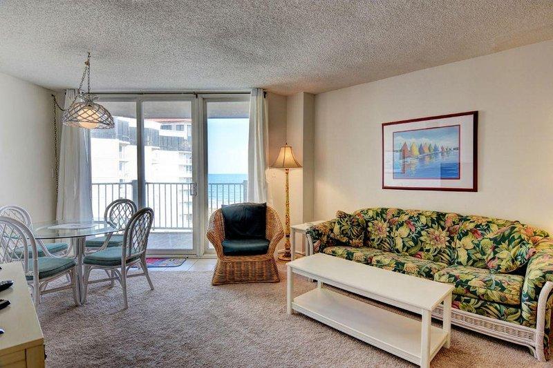 Living Area - St. Regis 1413 Oceanfront!   Indoor Pool, Outdoor Pool, Hot Tub, Tennis Courts - North Topsail Beach - rentals