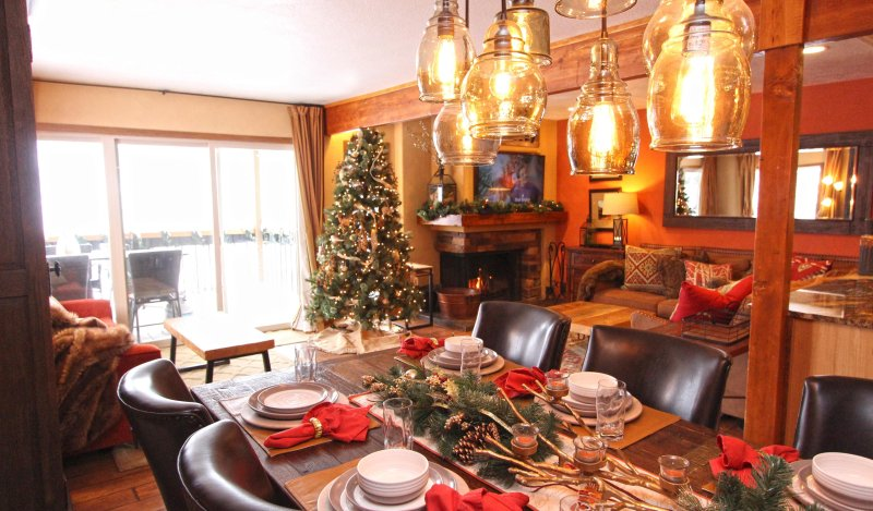Decorated with love for year-round ambiance, 2 levels of spectacular views - Durango Dream VIEWS! Year-round CO Mountain Views, Purgatory Ski In Ski Out! - Durango - rentals