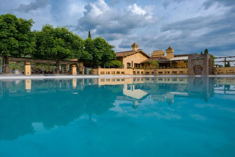 Luxury Villa with Staff near Florence  - Villa Maia - Medium Staff - Image 1 - Rignano sull'Arno - rentals