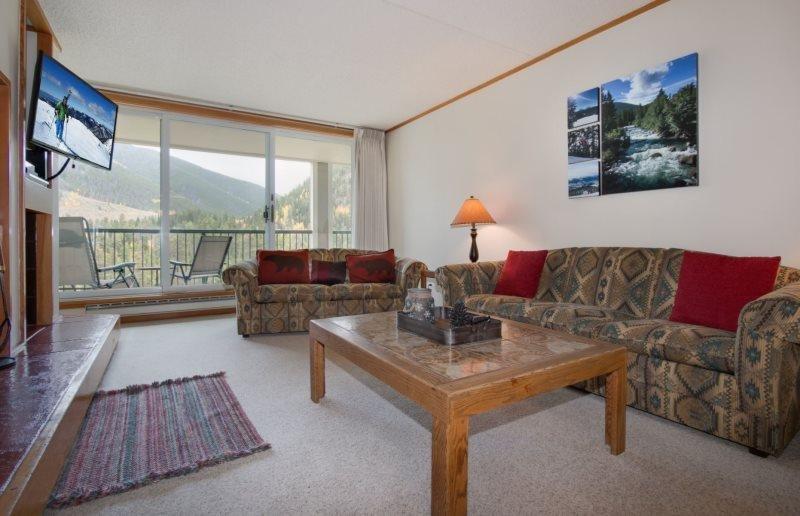 Pines Condominium 2095 - Spacious one bedroom, 1.5 bathroom, sleeps 6! - Image 1 - Keystone - rentals