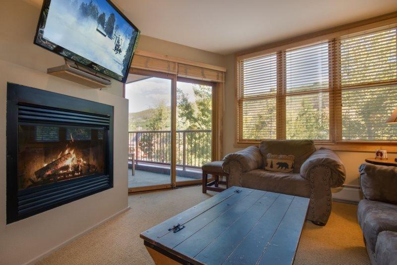 Silvermill Lodge 8170 - Newly remodeled kitchen, sleeps 5! - Image 1 - Keystone - rentals