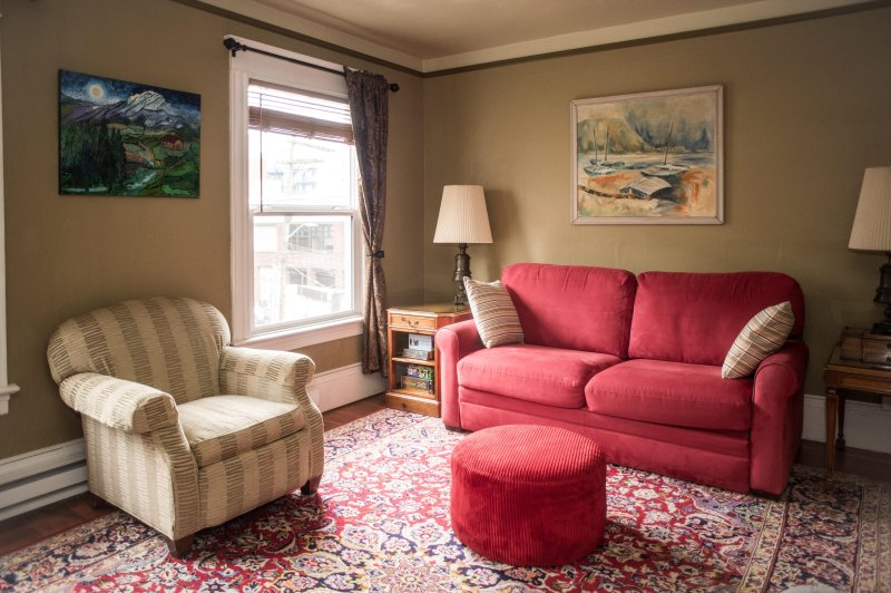 St. John's Apartments #308- a large one bedroom. - Image 1 - Seattle - rentals