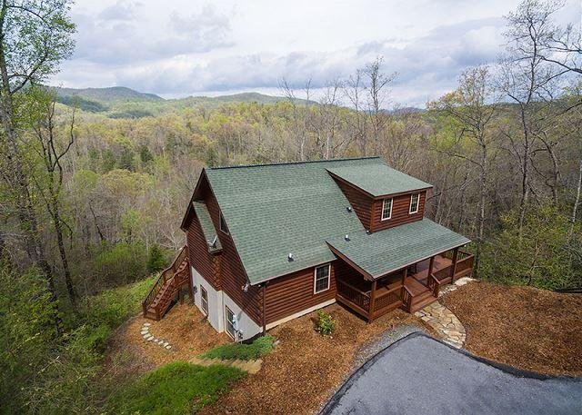 Blue Bear Cabin | 3 BR Asheville Area | Mountain Views | Gas Fireplace - Image 1 - Bat Cave - rentals