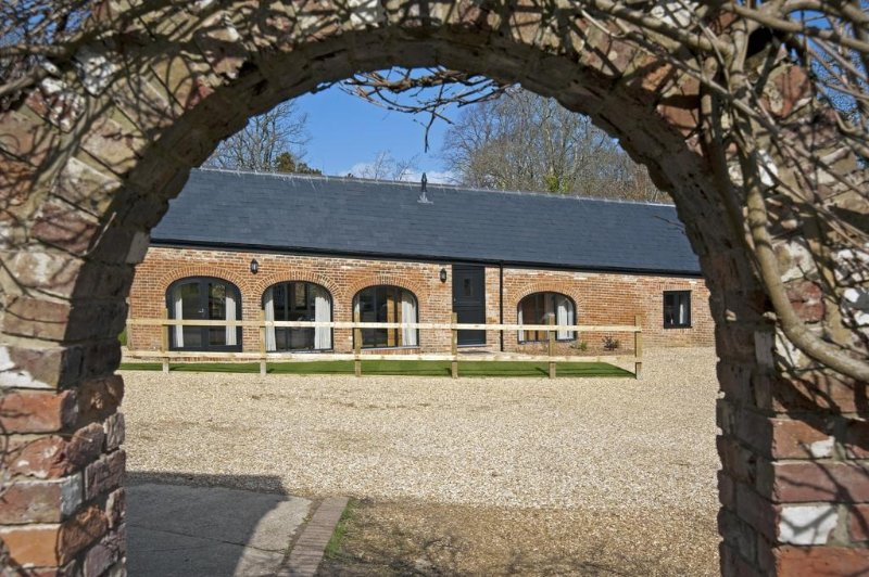 Fernhill Farm located in Ryde, Isle Of Wight - Image 1 - Wootton - rentals