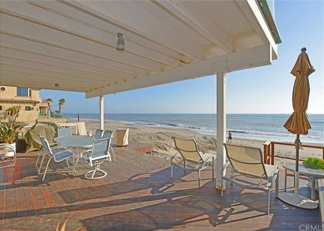Modern Beach Condo on the Sand - Sleeps 6 to 12 (067L)2-nt min in off-season - Image 1 - Dana Point - rentals
