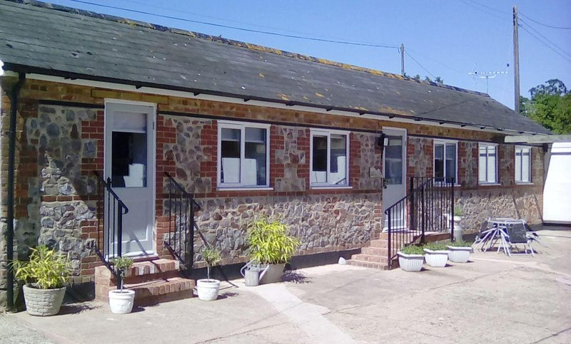 The Milk Shed - Image 1 - Plymtree - rentals