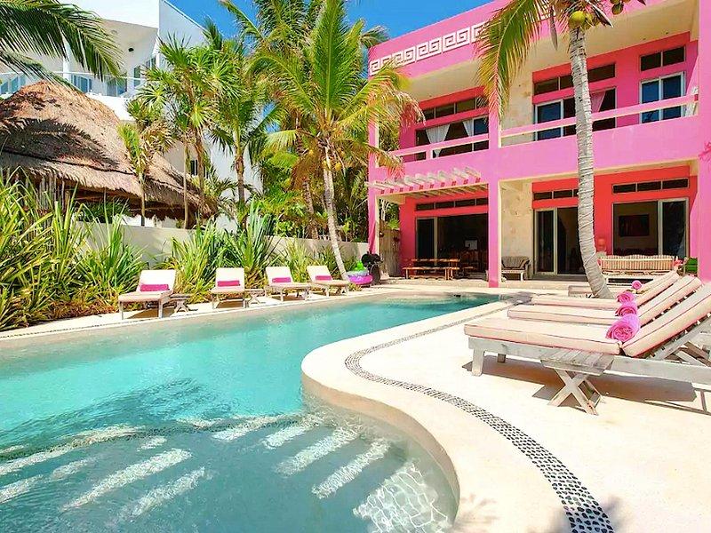 Riviera Maya Haciendas, Villa Alma Rosa - Villa Facade Beachfront - Riviera Maya Haciendas - Alma Rosa / Chef service / Beach Front / Fully Staffed - Akumal - rentals