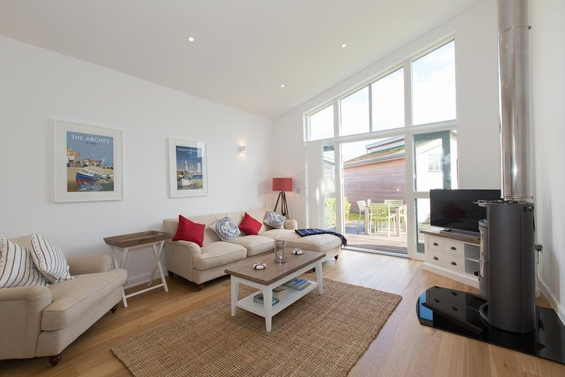Una Argentum 77 located in St Ives, Cornwall - Image 1 - Saint Ives - rentals